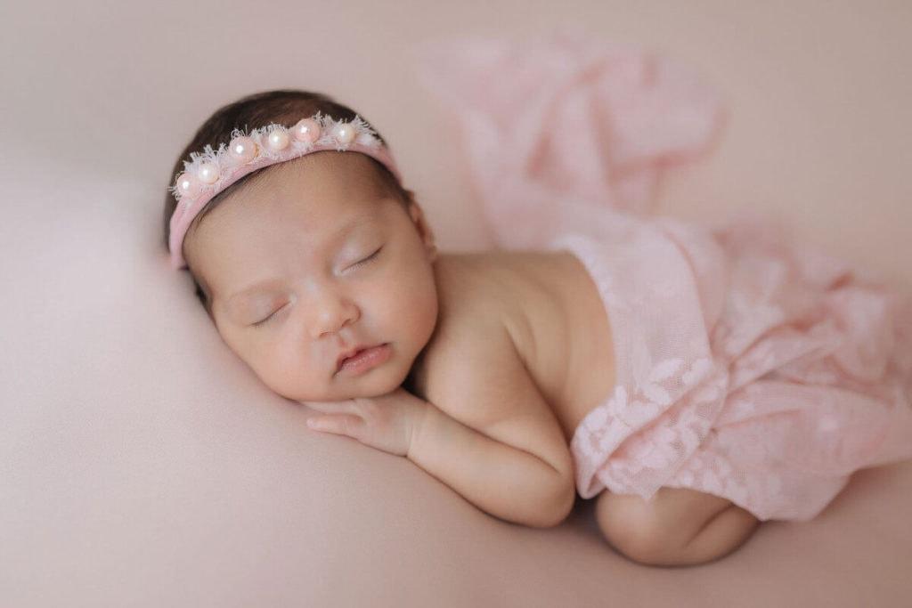 Sesión de fotos Newborn ó de recién nacido en estudio.